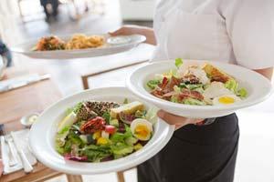 server-plates-food